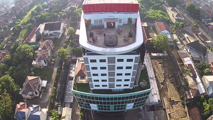 Indolux Hotel jalan pelagan Jogakata