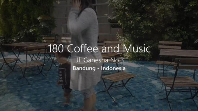 Axl & Alanis - 180 Coffee & music Bandung