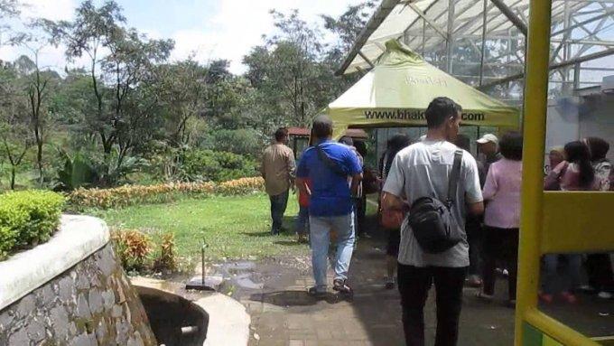 Jalan-jalan ke Wisata Bhakti Alam Pasuruan