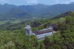 Bukit Rhema (Gereja Ayam)