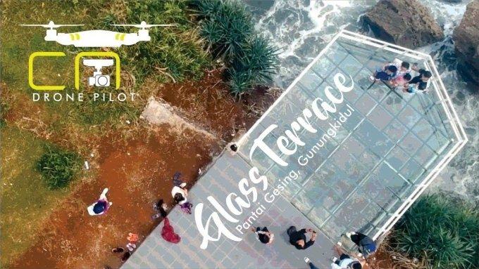Glass Terrace, Teras kaca Pantai Gesing, Nguluran, Panggang, Gunung Kidul, Yogyakarta (Aerial Video)
