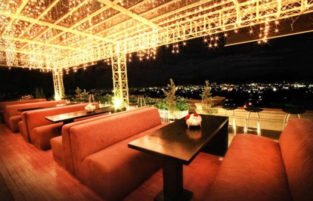 Belle Vue restaurant Bandung