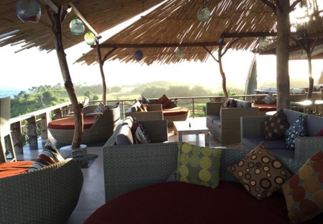 Bar and lounge Dream Beach Huts