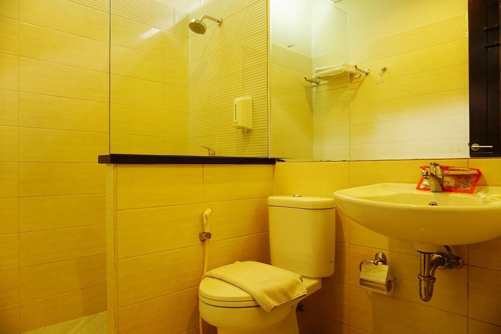 Bathroom Driam Riverside Hotel & Resort