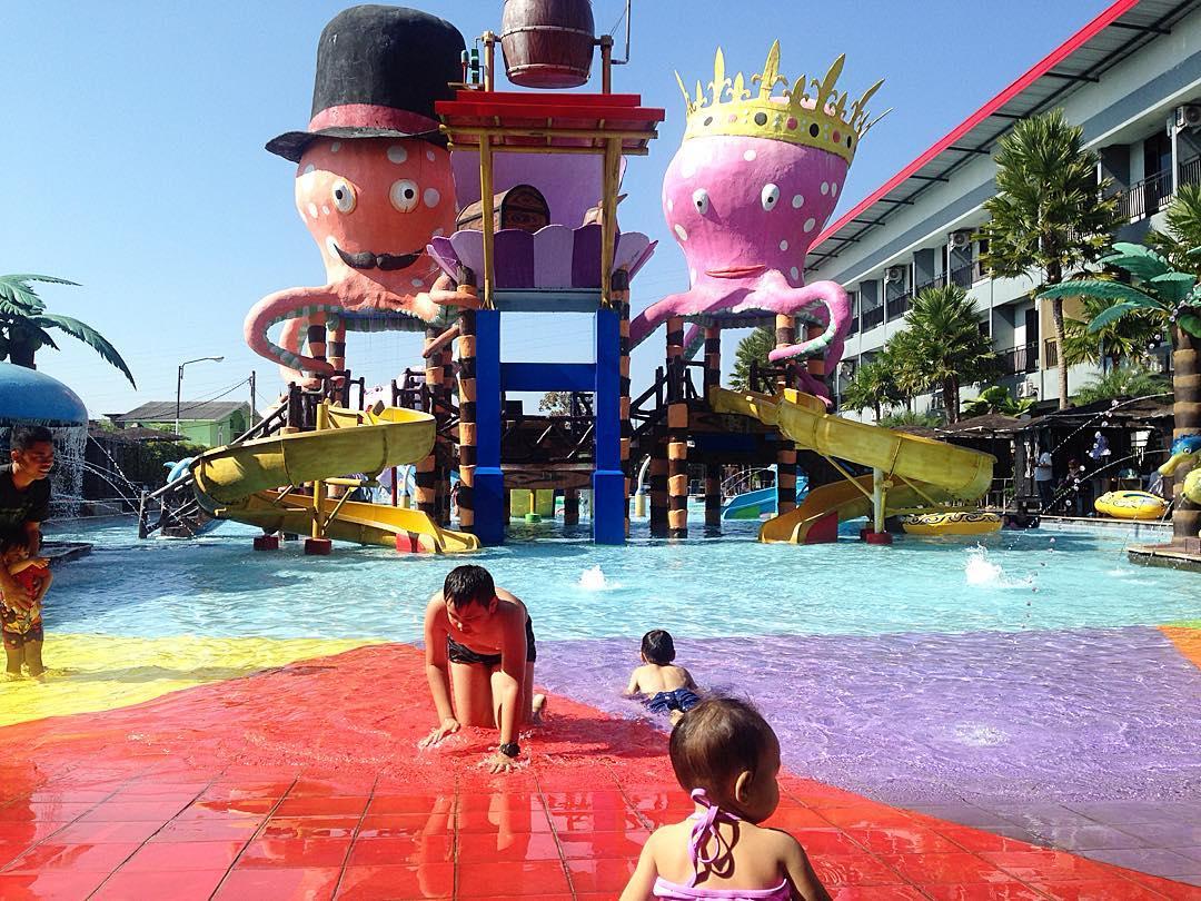 Batu Wonderland Batu Wonderland Waterpark & Hotel