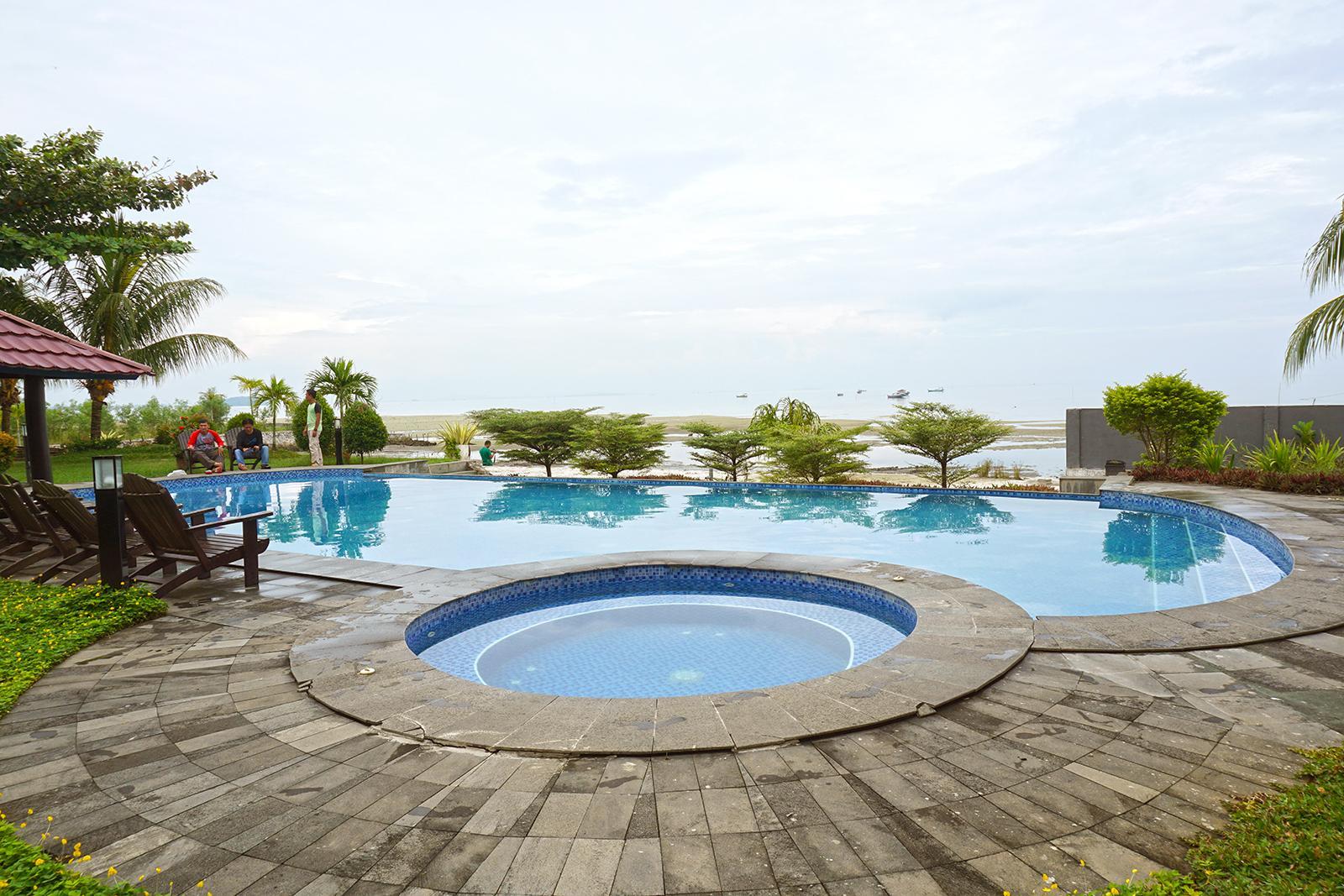 Kolam Renang Bahamas Bahamas Hotel & Resort