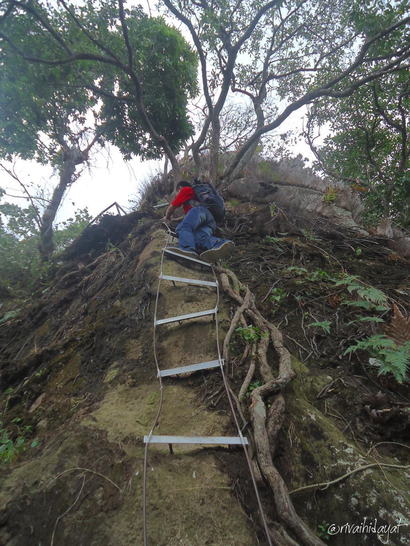 Medan menuju puncak Bukit Bligo & Selo Arjuno