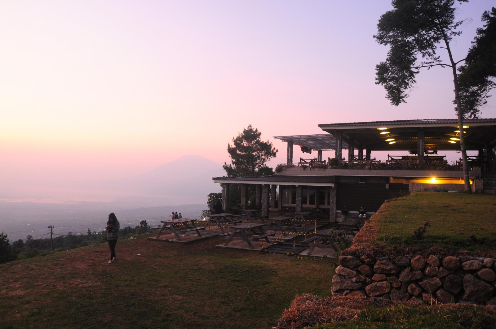 View sore hari Cafe Pondok Kopi Umbul Sidomukti