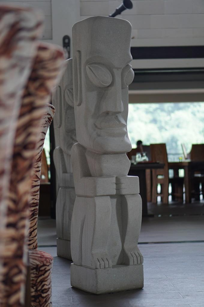 Patung Driam Riverside Hotel & Resort