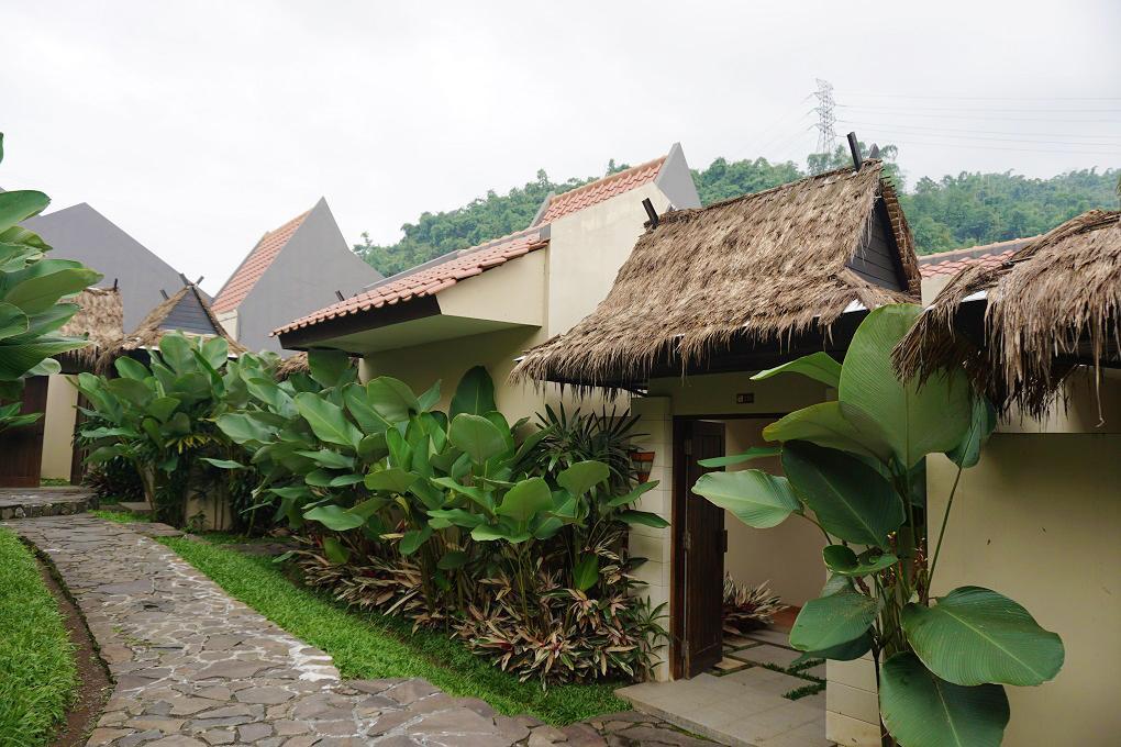 Rooms Outdoor Driam Riverside Hotel & Resort