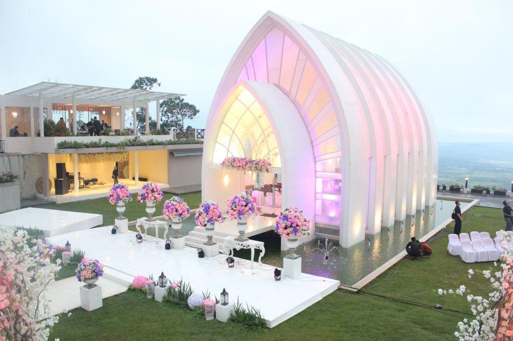 The Wedding Susan Spa & Resort (La Kana)