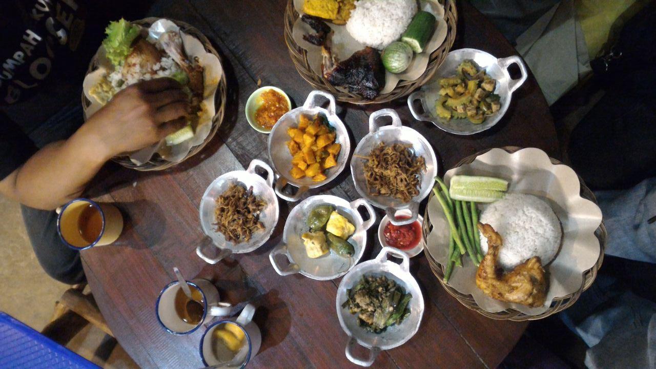 Menu makanan The Lodge Maribaya