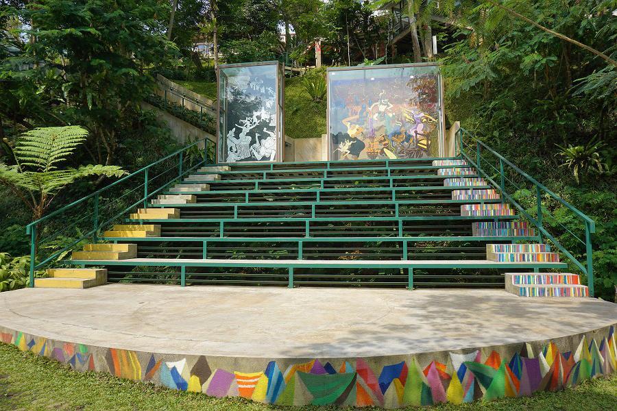 Villatel salse art Bandung