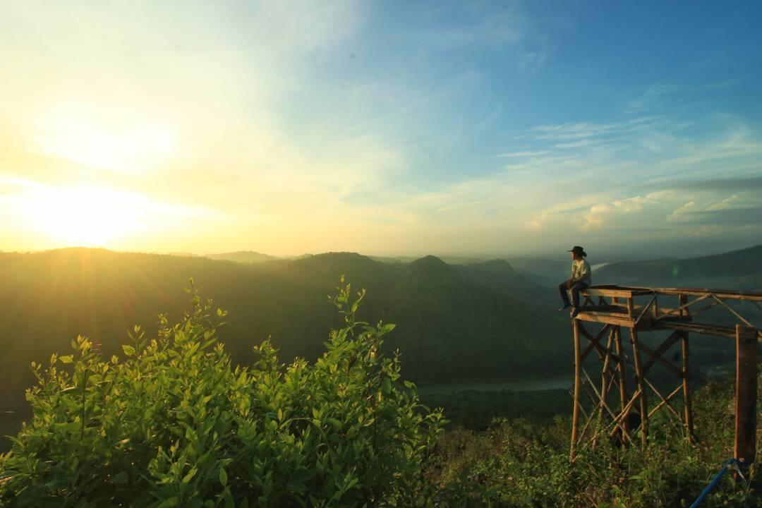 Bukit kediwung Yogyakarta