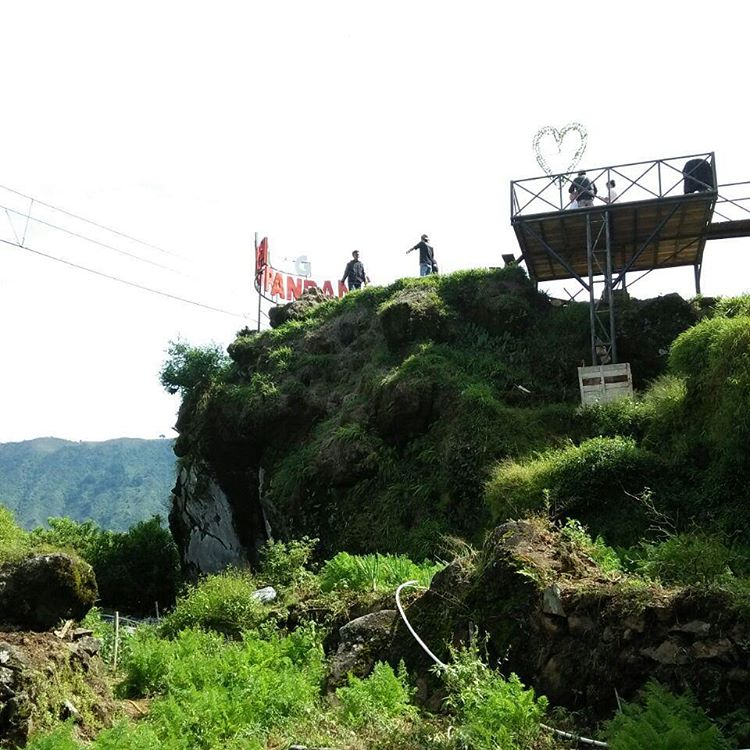 Harga Tiket Masuk + Flying Fox Di Batu Pandang Dieng