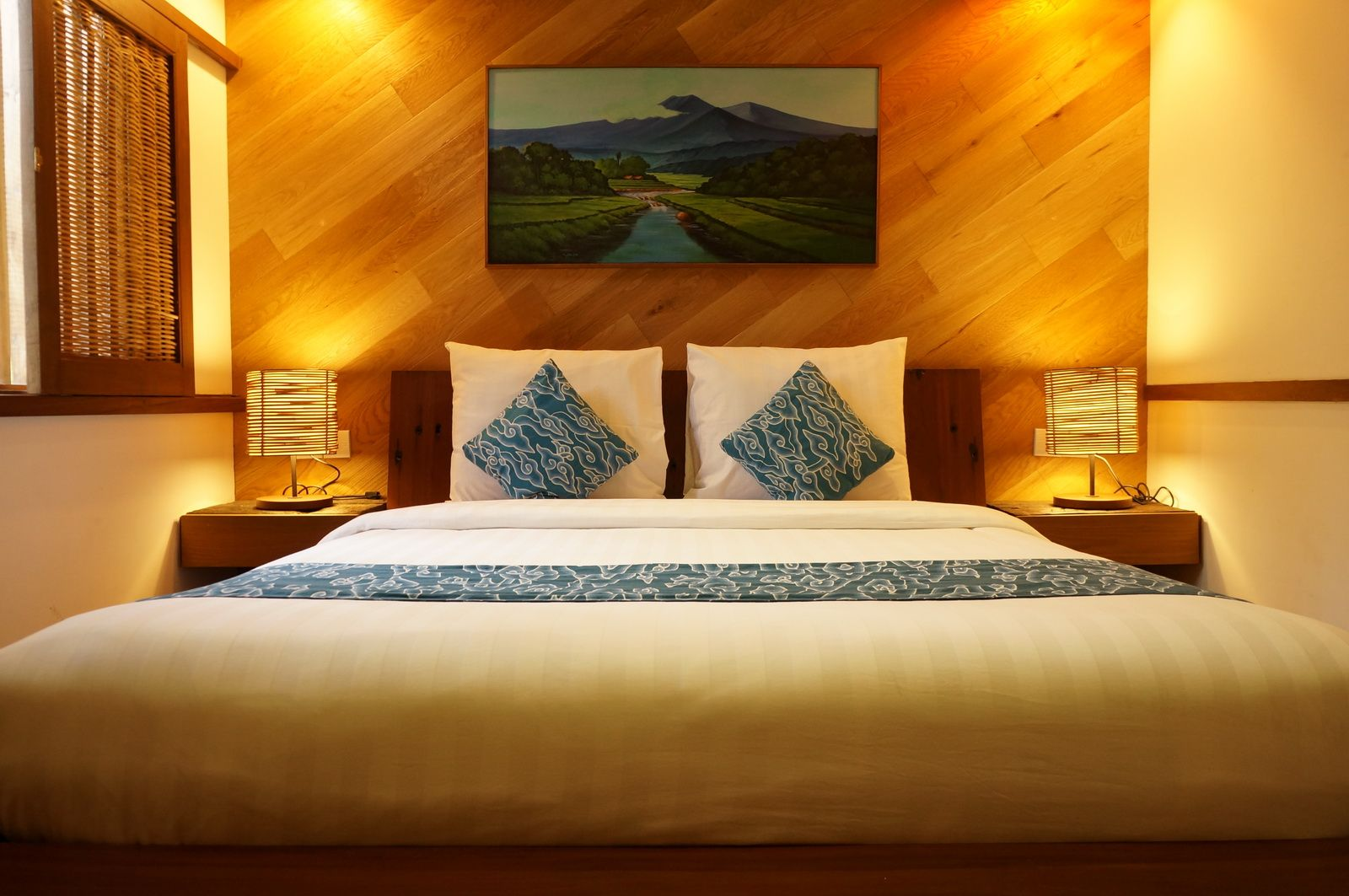 Room Dusun Bambu