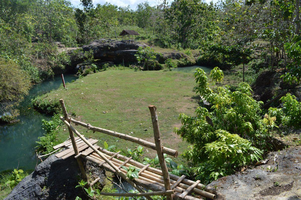 Camping ground Goa Tanding