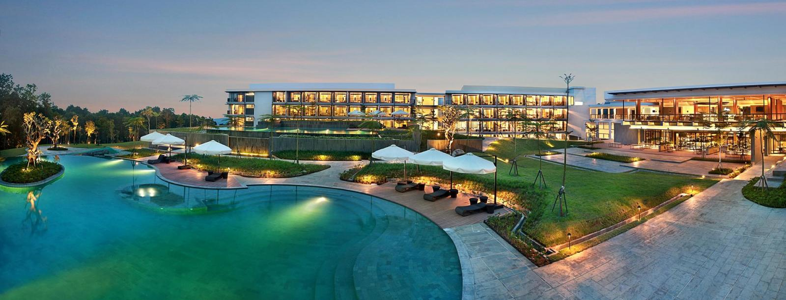 Royal Tulip Gunung Geulis Resort & Golf Bogor