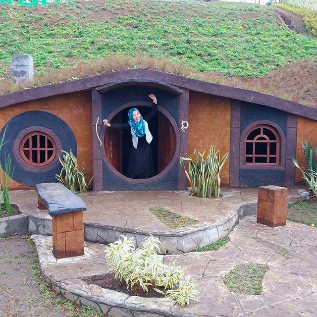 Rumah Hobbit Taman kelinci & Rumah Hobbit
