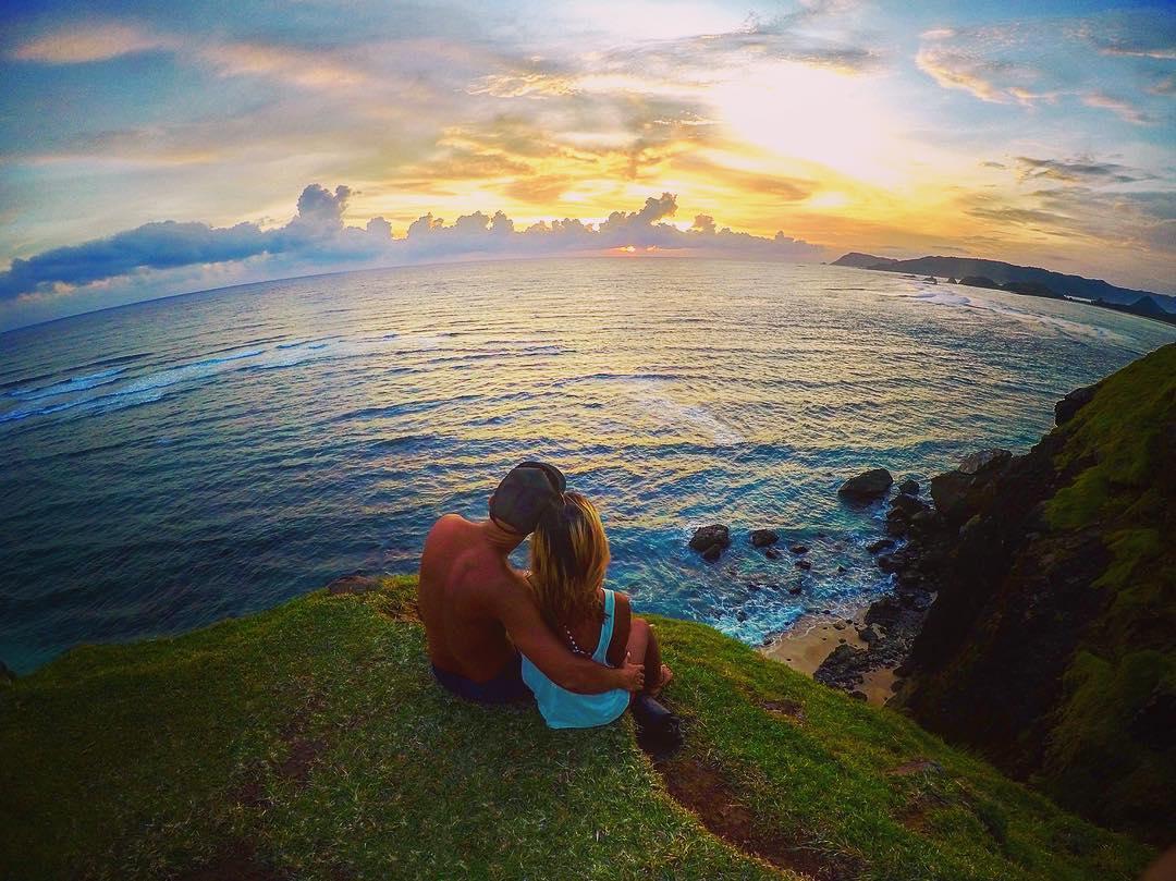 Sunset dari bukit Pantai Tanjung Aan