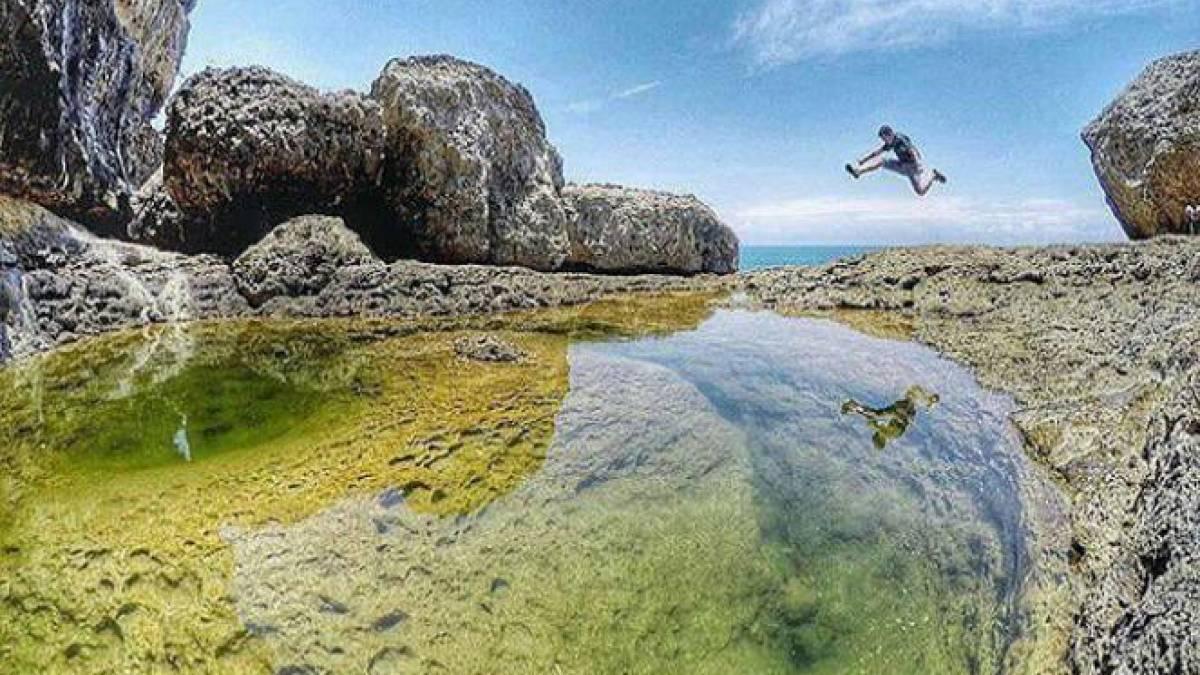 Teluk Bidadari & Pantai Mbehi Malang