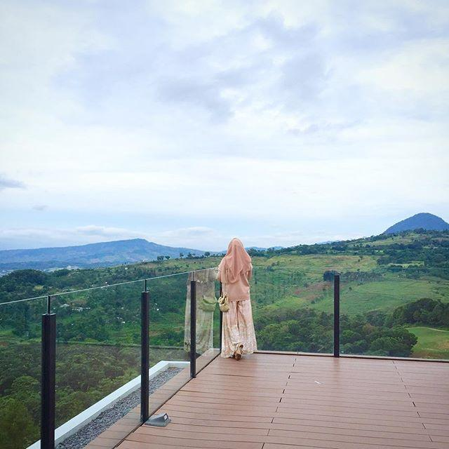 View 2 Royal Tulip Gunung Geulis Resort & Golf