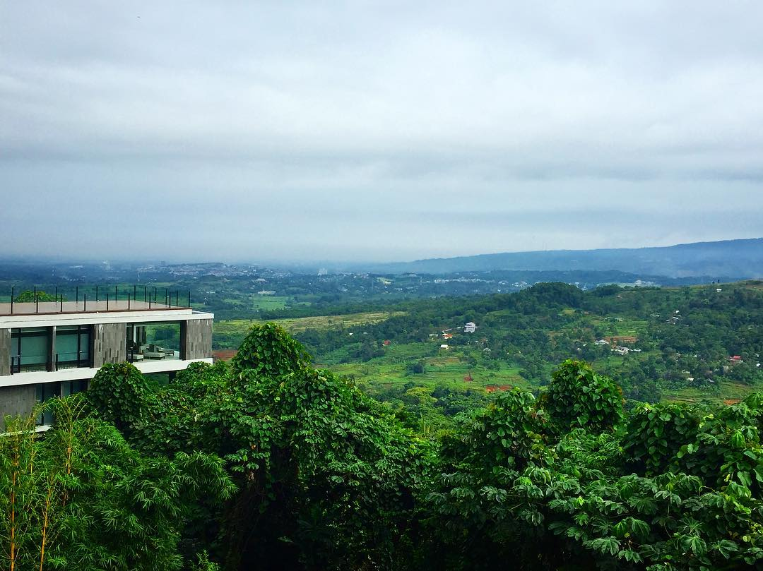 View Royal Tulip Gunung Geulis Resort & Golf