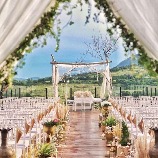 Wedding spot Royal Tulip Gunung Geulis Resort & Golf
