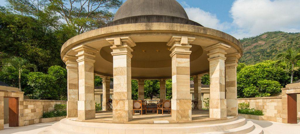 Amanjiwo Amanjiwo resort