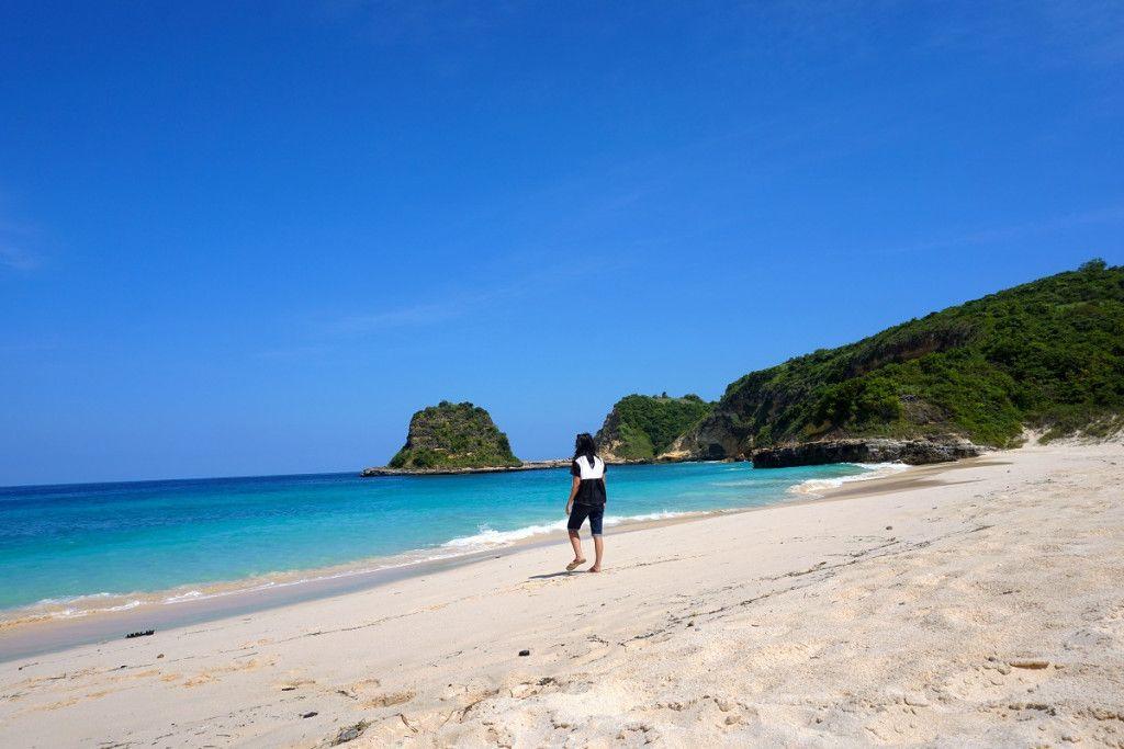 Pantai Tanjung Beloam Lombok