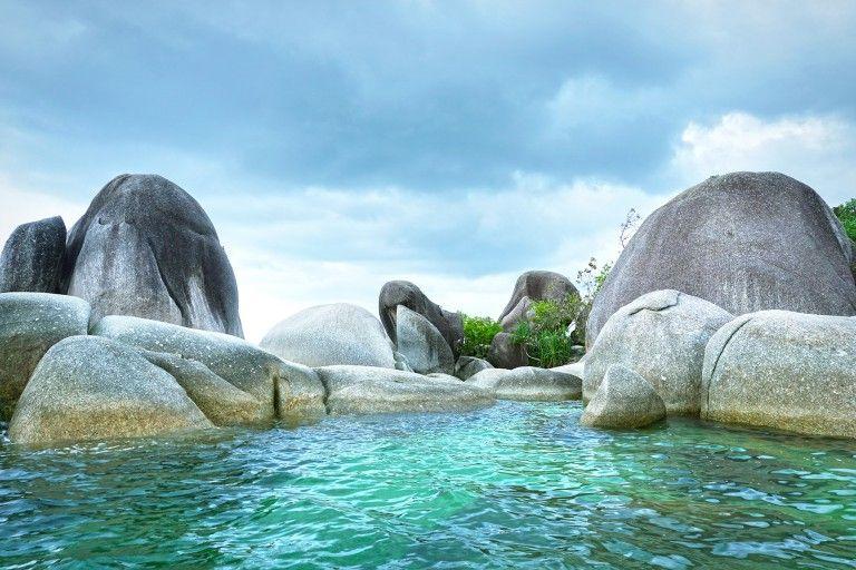 Pantai Tanjung Tinggi Belitung Barat Belitung