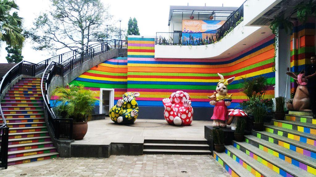 5 Spot Foto Prewedding Di Jogja Yang Sungguh Instagramable: Informasi Penting Di Rabbit Town?