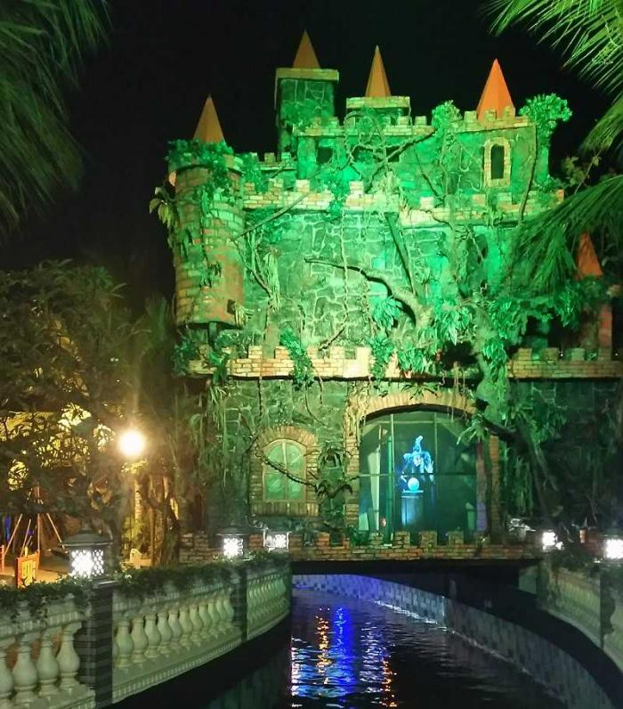 Magical Journey di Malang Night Paradise Magical Journey di Malang Night Paradise
