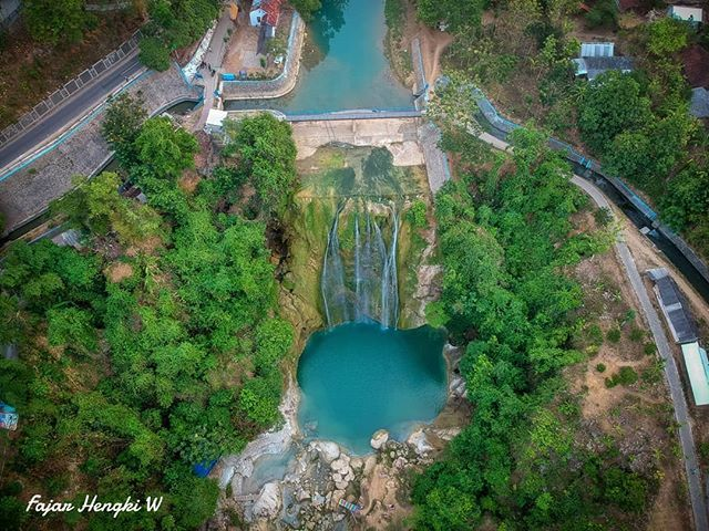pic by @fajarhw Air Terjun Nglirip