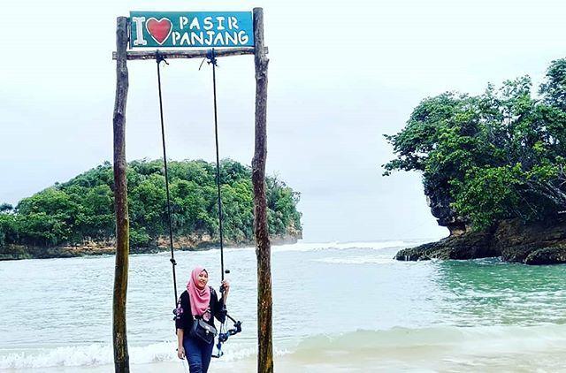 foto oleh @taufikkusnul Pantai Pasir Panjang