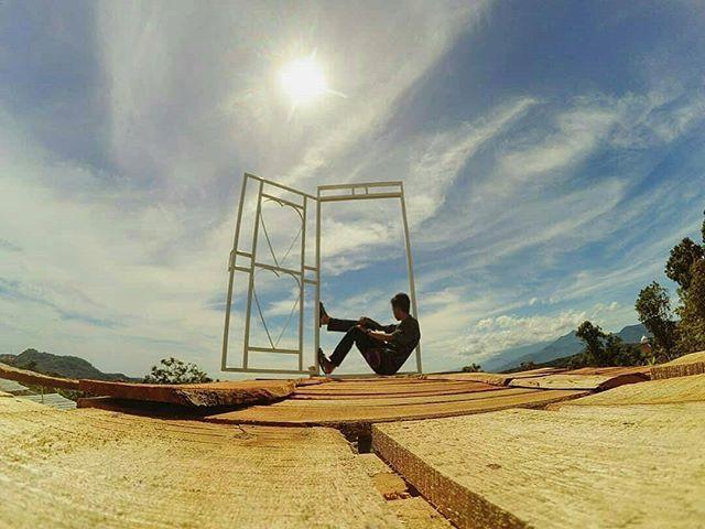 Pintu Langit Ngasem Park foto oleh @argho_1983 Ngasem Park