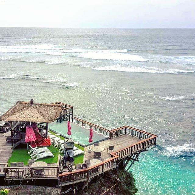 Pic via IG By @alexbalitour Pantai Suluban Uluwatu / Bluepoint Beach