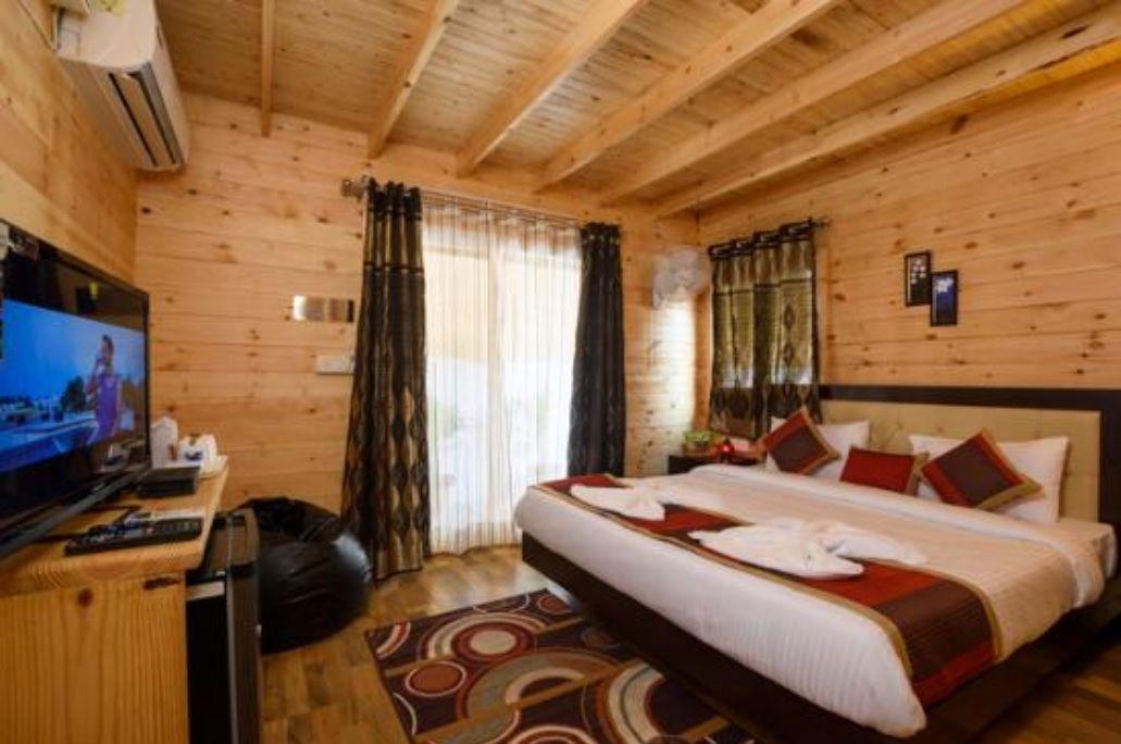 Villa room Lembah Indah Malang