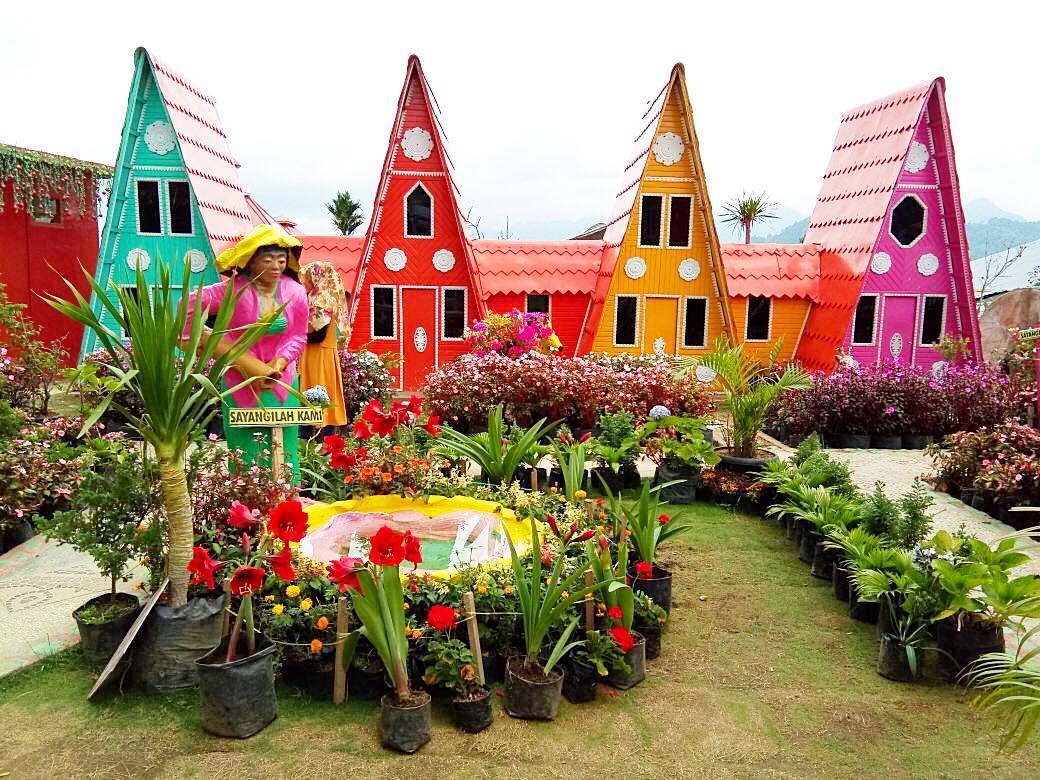 Green House Lazetta Padang