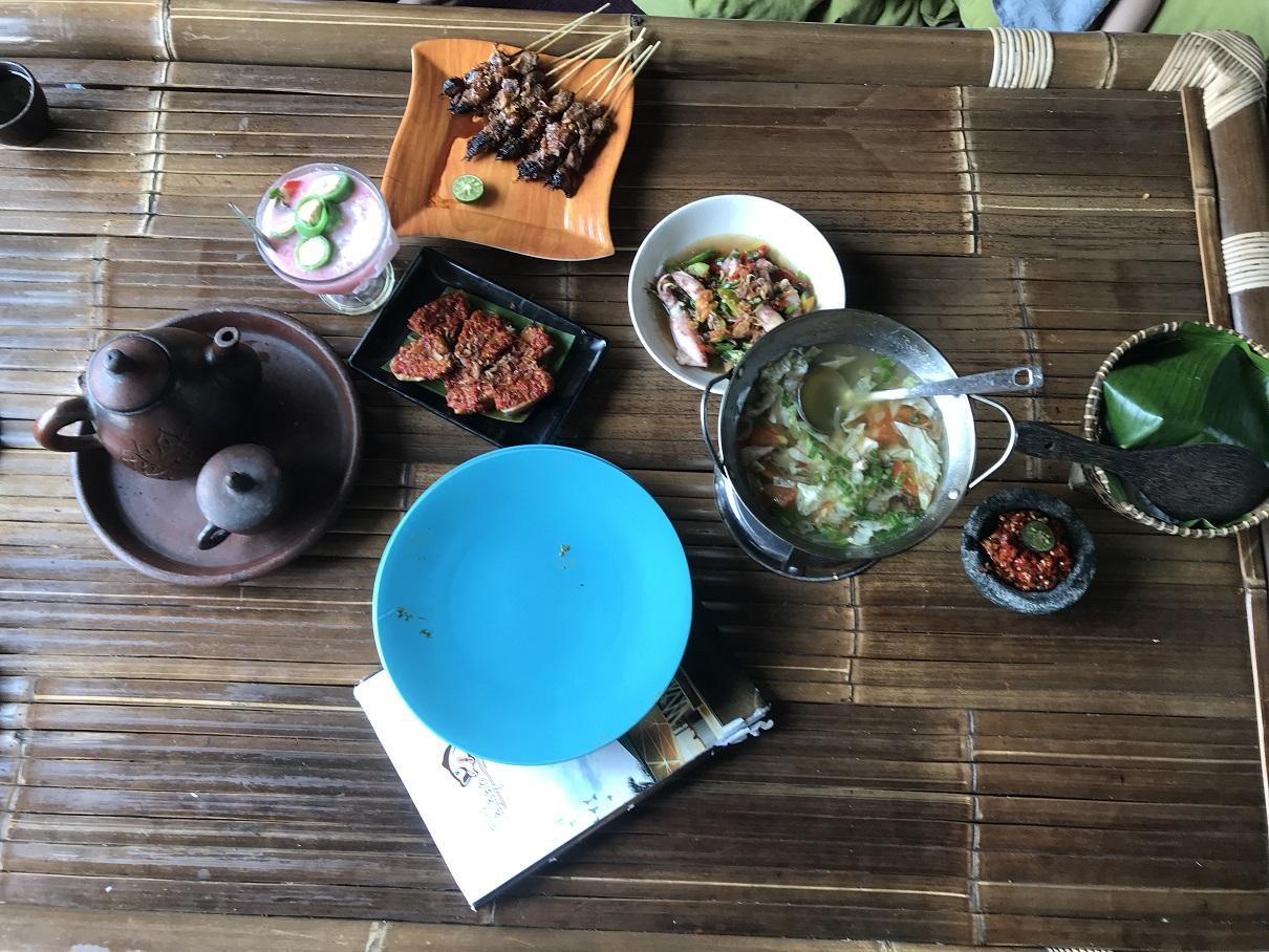 makanan di talaga kuring Bogor