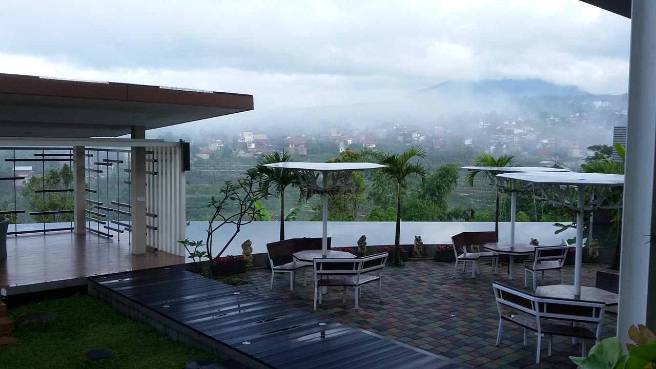Moscato Hotel Bandung