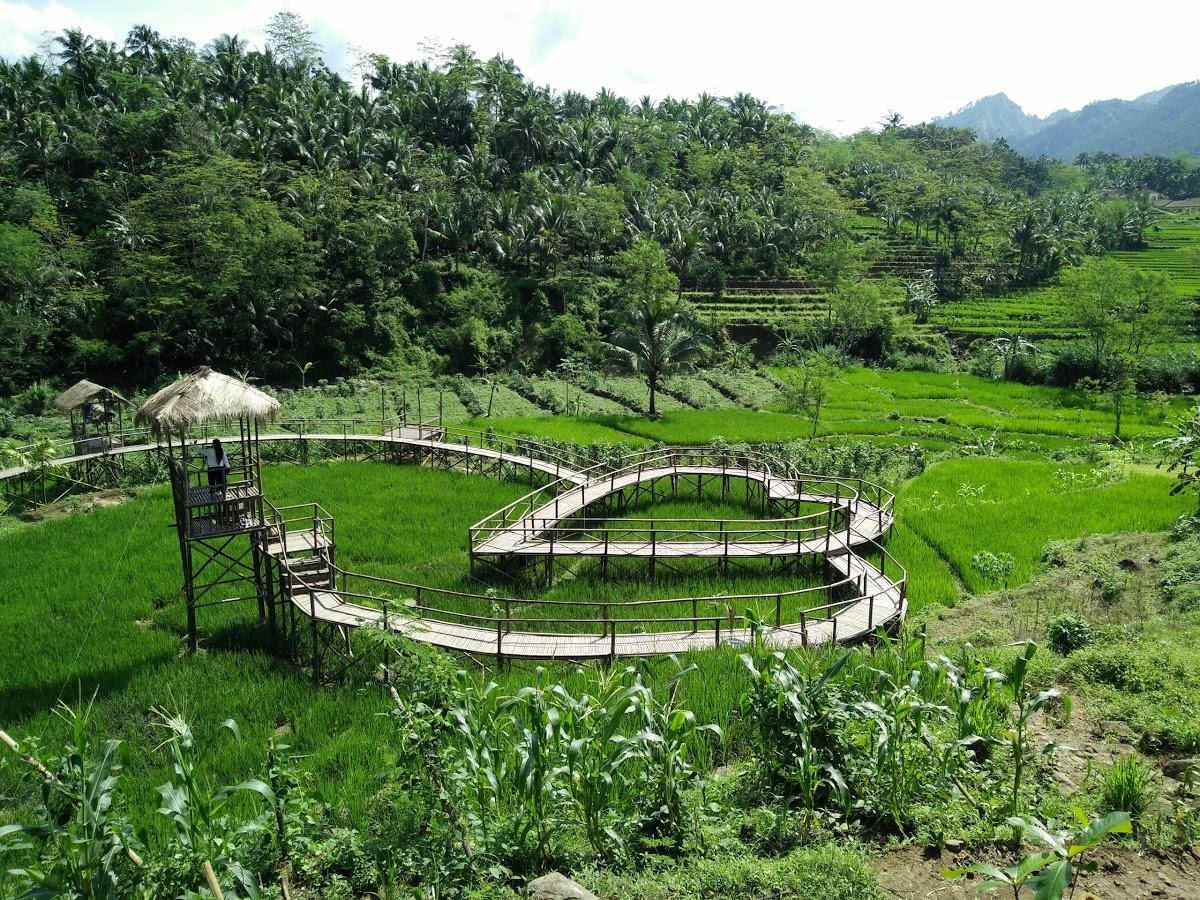 Jembatan Cinta Desa Wisata Panusupan Purbalingga
